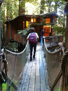 Glamping trip with family - treehouse, lighthouse, yurt, teepee...