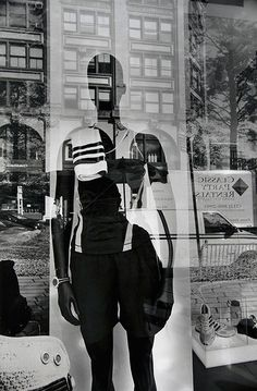 New York City, gelatin-silver print Mannequin lee friedlander Lee Friedlander, A Level Photography, Reflection Photography, Street Photography, Portrait Photography, Reflection Art, Exposure Photography, Creative Photography, Eugene Atget