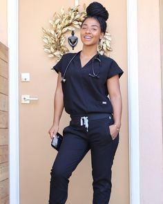 Starting the day the right — with FIGS scrubs. #nurselife #RNlife #scrubs Nursing Goals, Nursing Tips, Cute Scrubs, Fig Scrubs, Cute Nursing Scrubs, Nursing School Prerequisites, Hello Nurse, Medical Scrubs, Nurse Life