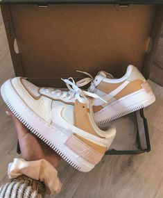 Nike Air Force 1 Shadow SE Fichten-Aura with air force ones Dr Shoes, Hype Shoes, Me Too Shoes, Moda Sneakers, Shoes Sneakers, Sneakers Women, Shoes Women, Cute Womens Shoes, Chucks Shoes