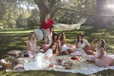 Picnic with the girls, this looks like fun.