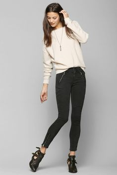 Callie's BDG black skinnies are the perfect pairing to any outfit!