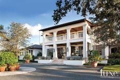 A Rustic-Contemporary Jupiter Retreat with Southern Charm
