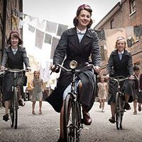 BBC show based on the memoirs of Jennifer Worth, a midwife in post WWII East end London. My new favorite show & the book is on its way!not for the weak of heart though! Maria Callas, Peaky Blinders, Downton Abbey, Shows On Netflix, Movies And Tv Shows, Jessica Raine, Jenny Lee, Call The Midwife Seasons, Jennifer Worth