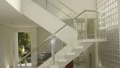 Resultado de imagem para imagens de escada