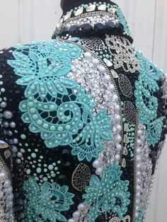 Turquoise, Black, and Pearl Showmanship Jacket Western Show Shirts, Western Show Clothes, Horse Show Clothes, Western Outfits, Rodeo Outfits, Western Riding, Western Wear, Rodeo Queen Clothes, Showmanship Jacket