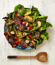 Yotam Ottolenghi's recipes for lamb shawarma and two vegetable sides Grilled Vegetable Salads, Vegetable Kebabs, Grilled Vegetables, Vegetable Sides, Veggies, Yotam Ottolenghi, Ottolenghi Recipes, Grilled Bread, Grilled Lamb
