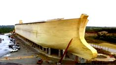 People Are Flocking To See A Real Life Size Replica Of Noah's Ark. It's Absolutely Amazing!