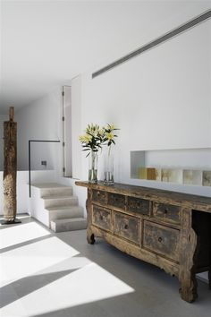 Modern Interior with stunning Asian Chinese antique rustic chest cabinet accent… Modern Interior, Interior Architecture, Interior And Exterior, Asian Interior, Contemporary Architecture, Rustic Furniture, Painted Furniture, Antique Furniture, Geek Furniture