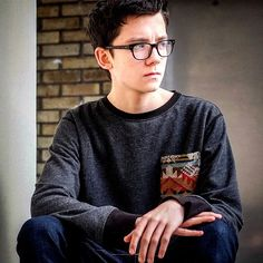 The web (pun intended) has been abuzz that Asa Butterfield is the new Spider-Man for the movies. That's not entirely true. Butterfield is among a few hopefuls who are testing […] Matthew Lintz, Asa Buterfield, Home For Peculiar Children, Wattpad, Film Serie, British Actors, Celebrity Crush, Brown Hair, Brown Eyes