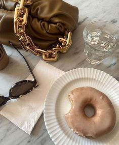 Gold Aesthetic, Classy Aesthetic, Aesthetic Food, Enjoy Your Meal, Aesthetic Pictures, Sweet Tooth, Food Photography, Food Porn, Brunch