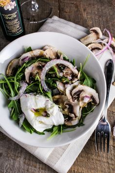 Truffled Arugula Salad with Burrata. Arugula Salad with Burrata Shaved Mushrooms and Truffle Oil. My favorite salad ever. Parmesan, Italian Vegetables, Truffle Oil, White Truffle, Arugula Salad, Healthy Salad Recipes, Yummy Recipes, Free Recipes, Vegetable Side Dishes