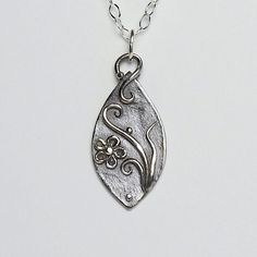 Silver Necklace, Han