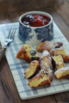 Kaiserschmarren or Imperial Crepes Recipe Delicious Breakfast Recipes, Yummy Food, Austrian Cuisine, Homemade Pastries, Austrian Recipes, Crepe Recipes, Cooking Chef, Pancakes And Waffles, Love Food