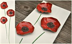 Love poppies and poppy art. Make flowers out of clay and put them on a canvas :) :) beautifully Porcelain Clay, Ceramic Clay, Cold Porcelain, Ceramic Plates, Ceramic Pottery, Pottery Art, Diy Art Projects Canvas, Clay Projects, Clay Crafts