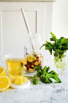 """Witches"" Iced Tea - a home made concoction using herbal tea, fresh  herbs and spices as a base. Recipe on forkandflower.com || Hexen Eistee -  ein hausgemachtes Gebräu auf der Basis von Kräutertee, frischen  Kräutern und Gewürzen als Basis. Rezept auf forkandflower.com   #recipe #herbaltea #icetea #eistee #rezept #kräutertee #teatime #picnic  #alfresco #cooldrinks #drinks #summer #summertime #staplesrecipes  #favorites #kidsfriendly #homemade #tea #specialt #kusmiteaparis"
