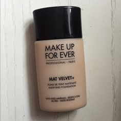 "Makeup Forever Mat Velvet foundation is also known as ""golden sand"" or ""golden camel"". It's about full. The color no longer matches me. Great coverage and truly stands up to its matte expectations. Makeup Forever Mat Velvet, Oil Free Makeup, Makeup Foundation, Camel, Make Up, Wedding Ideas, Color, Foundation, Colour"