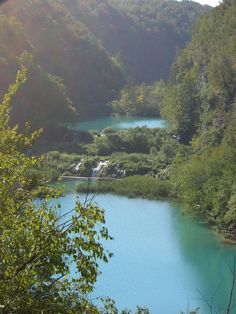 Plitvice Lakes in Croatia | Top 10 Amazing Lakes and Valleys to Visit