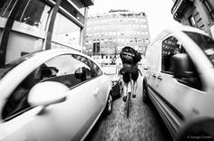 @Angle of View & Foreground Action |=====| todelivery:  To delivery - Bike Messenger in Milan