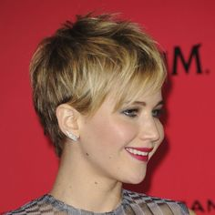 jennifer lawrence's short haircut | Jennifer Lawrence pixie cut - super cute