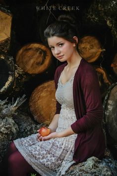 "Vintage Victorian School Girl ""Back to School"" session by White Creek Photography   #school #teens #portraits #backtoschool #photography #creativephotography #fashion #autumn #fallstyle #fallfashion #apples #vintage #whitecreekphotography"