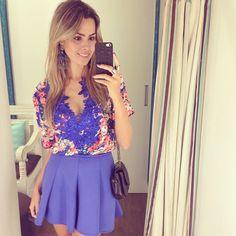Já com um look da @cheiadigraca para almoçar com as meninas!  Apaixonada nessa blusa, gente!  #ootd #lookdodia #reuchoaviaja #reuchoaemcampogrande