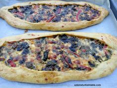 Turkish vegetarian flat breads with feta cheese, peppers, onion and spinach, Peynirli, Sebzeli Pide