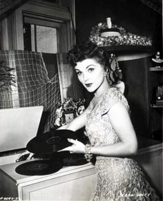 Debra Paget, record girl