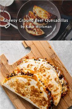 Ground Beef Quesadillas, Ground Beef Burritos, Beef Burrito Recipe, Ground Beef Recipes Easy, Soft Taco Recipe Ground Beef, Beef Recipe Video, Recipe Videos, Quesadilla Recipes, Bar Food