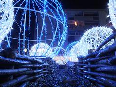 #Noel Bleu à #Guebwiller en #Alsace : des sons et lumières féériques qui vous éblouiront !  ©Ville de Guebwiller  www.noel-sud-alsace.com #christmas #france