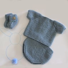 Pattern to make a sweater, booties and diaper of yarn or wool for first . Sewing Patterns For Kids, Baby Knitting Patterns, Easy Knitting, Knitting For Kids, Boy Diy Crafts, 233, Baby Mittens, Baby Suit, Baby Pants