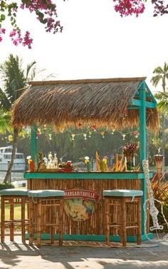 Tiki bar déco jardin exotic exotique You can almost hear the alluring sounds of the South Seas while you escape the cares of the modern world with our tropical, thatch-roof tiki bar. Pool Bar, Bar Patio, Backyard Bar, Pool Side Bar, Tiki Hut, Tiki Tiki, Outdoor Tiki Bar, Outdoor Bars, Outdoor Wooden Bar