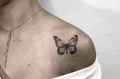 Tattoo of a butterfly on the shoulder - sock - . - Tattoo of a butterfly on the shoulder – sock – … – tattoo - Mini Tattoos, Cute Small Tattoos, Pretty Tattoos, Foot Tattoos, Cute Tattoos, Sleeve Tattoos, Tattoos For Guys, Unique Tattoos, Tatoos