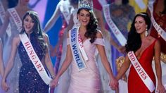 YES! YES! YES! Miss South Africa Rolene Strauss is Miss World!