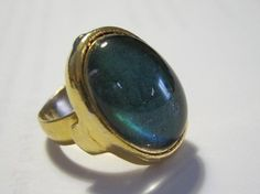 Vintage 1970s Mood Rings- click through to read all about them!