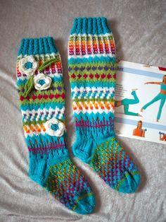 Kuvahaun tulos haulle villasukat anelmaiset Socks, Knitting, Dame, Images, Google, Fashion, Searching, Atelier, Moda