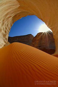 sunshine cave Dionys Moser White Desert  Fototour in Egypt. composition, content, palette