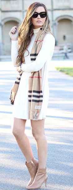 Burberry Scarf Fall Streestyle Inspo by For All Things Lovely. Cream, plaid