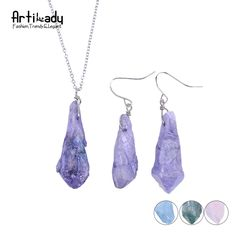 Artilady quartz stone pendant necklace earrings set druzy crystal necklaces accessories for women jewelry set Women's Jewelry Sets, Women Jewelry, Jewelry Necklaces, Beautiful Gifts, All About Fashion, Fashion Details, Minimalist Fashion, Pretty Outfits, Gifts For Women