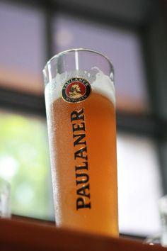 love love love. Paulaner All Beer, Best Beer, Beer 101, Cerveza Paulaner, German Beer, Beer Lovers, Totally Awesome, Awesome Stuff, Bartender