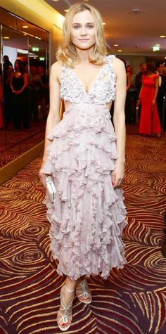 Look of the Day - March 18, 2015 - Diane Kruger in Alexander McQueen from #InStyle