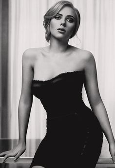 Scarlett Johansson for Dolce & Gabbana - L'eau The One