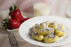 Škubánky s makom | Bonviváni Camembert Cheese, Panna Cotta, Oatmeal, Recipies, Pasta, Cooking, Breakfast, Ethnic Recipes, Homeland