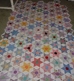 VINTAGE-QUILT-TOP-STAR-50S-PRINTS-55-90-HANDMADE-6-POINT-UNFINISHED