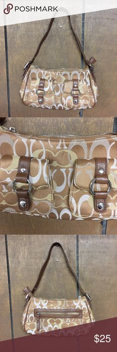 Coach purse Good condition! Please ask any questions, thanks! Coach Bags Shoulder Bags