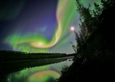 Moon and the Yukon River, Aurora in September