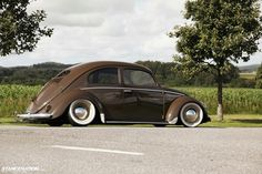 Post with 1382 votes and 111955 views. Tagged with beetle, car porn, vw, volkswagen, vw bug; Shared by muddyjk. I'm really Buggin out man Volkswagen Bus, Vw T1, Vw Camper, My Dream Car, Dream Cars, Vw Beetles, Beetle Bug, Hot Vw, Combi Vw