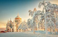 Un lugar para cada mes del año. El país más grande del mundo cuenta con innumerables destinos. RBTH propone algunas opciones de viaje.