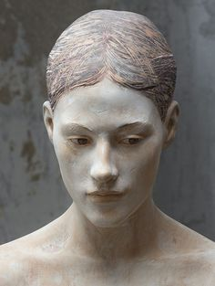 'Should I' (detail of a wooden sculpture) © by Bruno Walpoth
