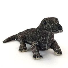 Our unique Realistic 13 Inch Stuffed Komodo Dragon by SOS is sure to delight and amaze your favorite stuffed animal fan! Measuring thirteen inches in length, this realistic stuffed komodo dragon is exquisitely made from only top quality materials Frog Costume, Dragon Costume, Plush Animals, Stuffed Animals, Diy Costumes, Halloween Costumes, Pet Dragon, Komodo Dragon, Cute Frogs
